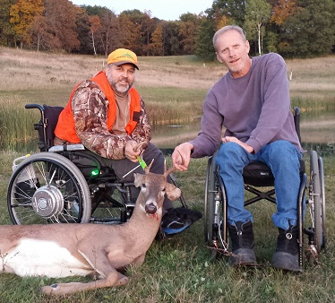 Contact a land sponsor today and sign up for a gun deer hunt for hunters with disabilities.